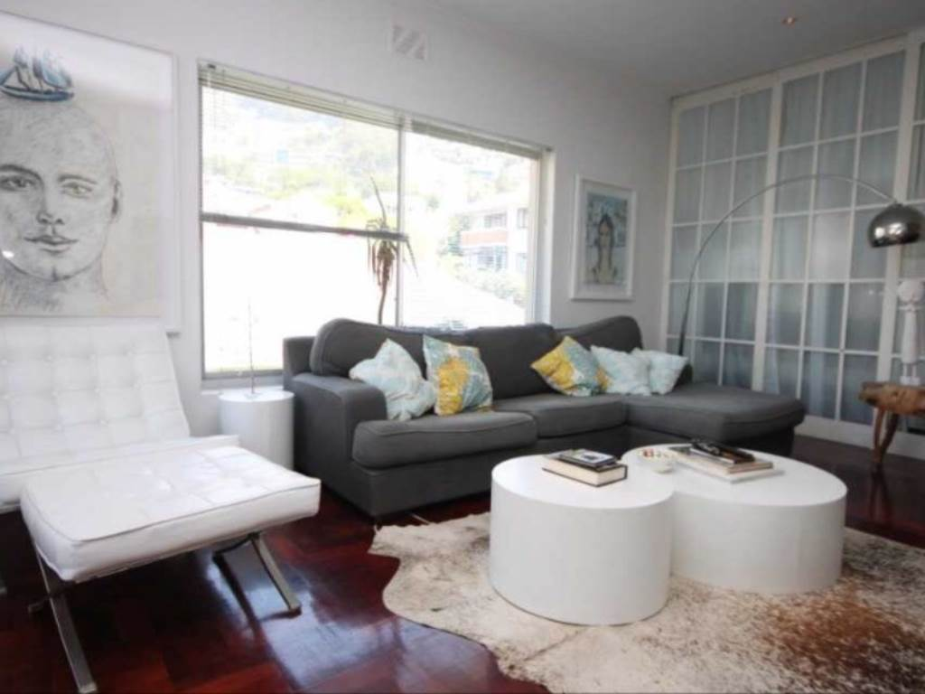 Bantry Bay property to rent. Ref No: 13475446. Picture no 3