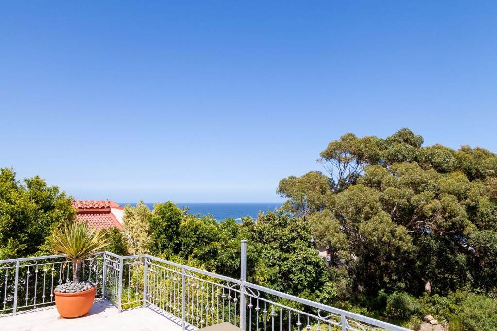 House For Sale In Camps Bay 5 Bedroom 13475808 2 19