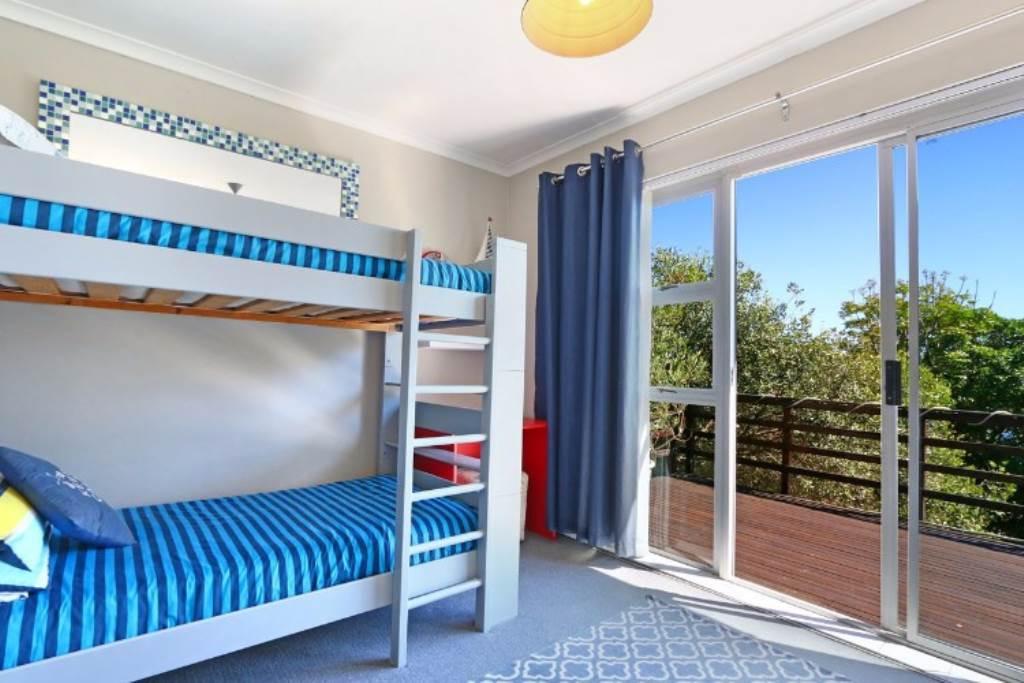Llandudno property to rent. Ref No: 13534502. Picture no 3