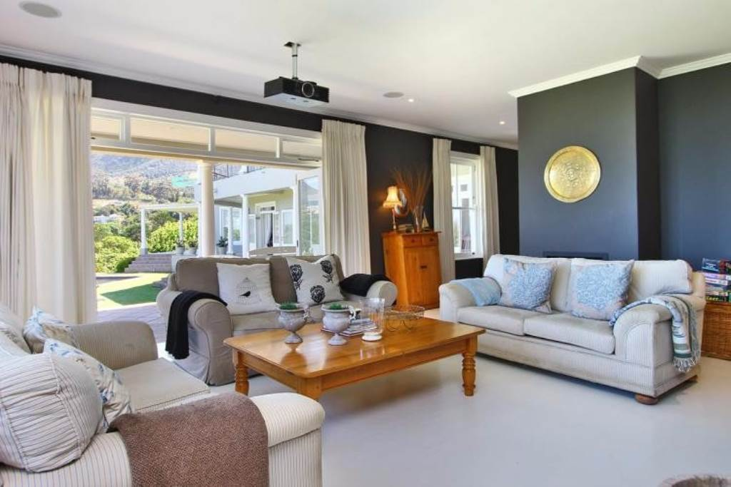 Constantia Upper property to rent. Ref No: 13534137. Picture no 6