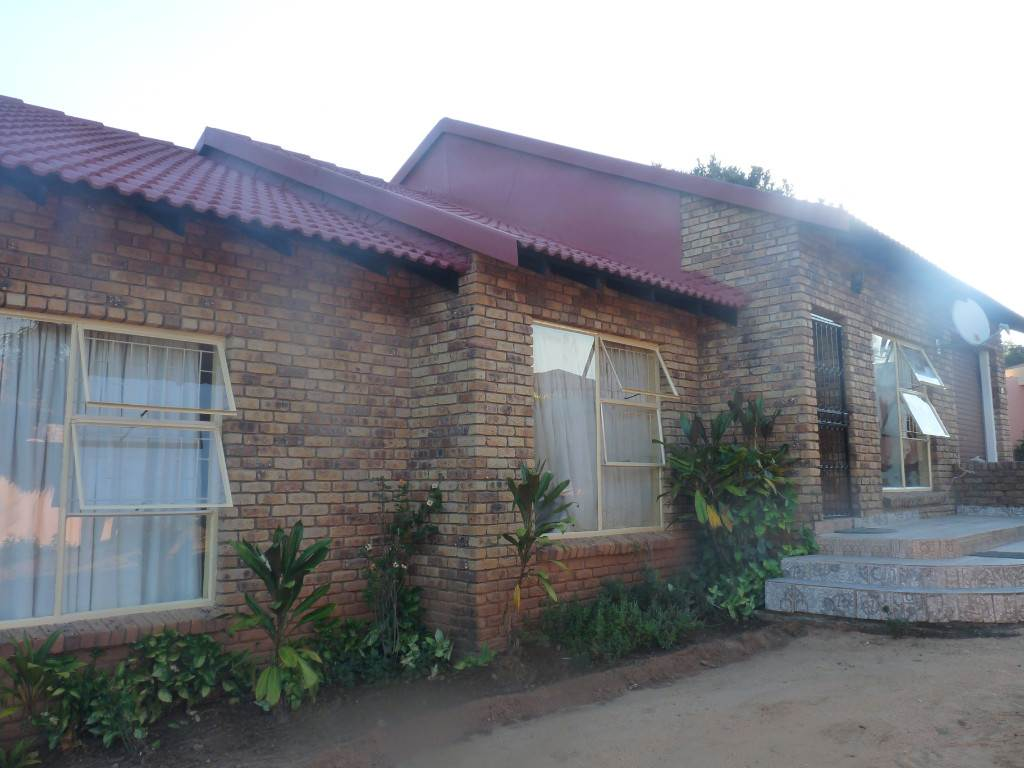 3 BedroomHouse For Sale In Hazyview
