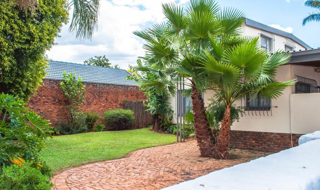 4 BedroomHouse For Sale In Melodie