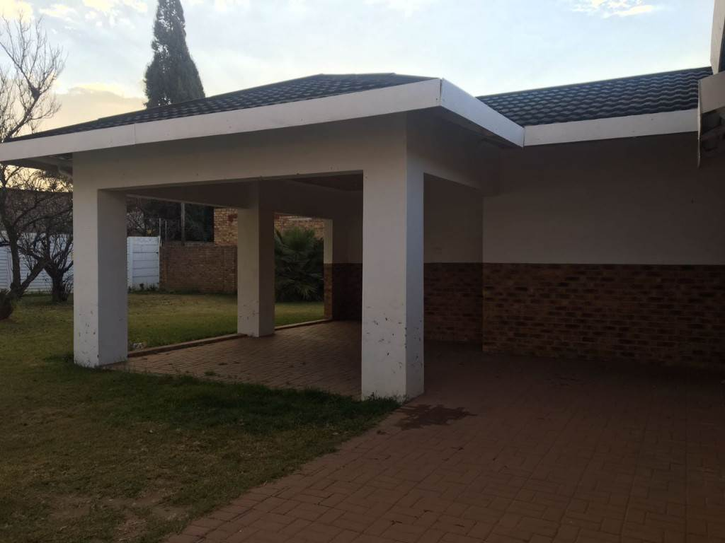 3 BedroomHouse To Rent In Northmead & Ext