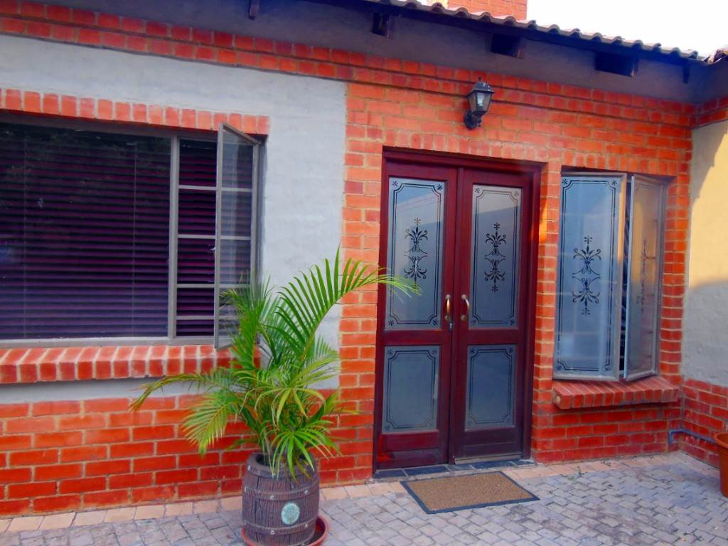 Property and Houses for sale in Die Wilgers, House, 3 Bedrooms - ZAR 1,890,000