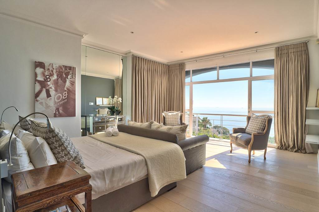 Bantry Bay property for sale. Ref No: 13477056. Picture no 19