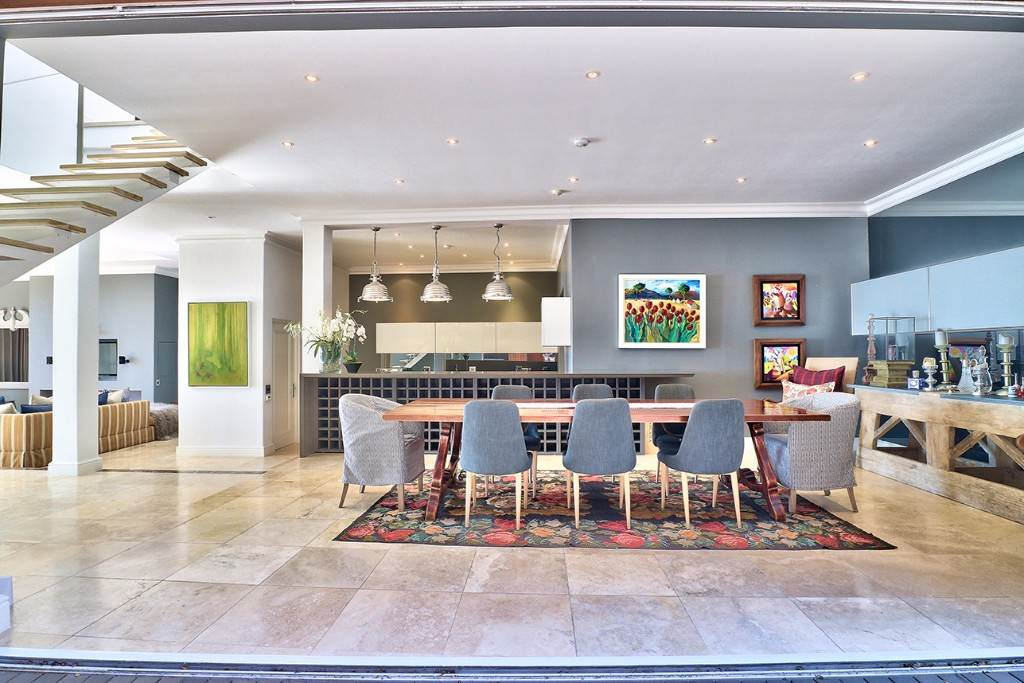 Bantry Bay property for sale. Ref No: 13477056. Picture no 13