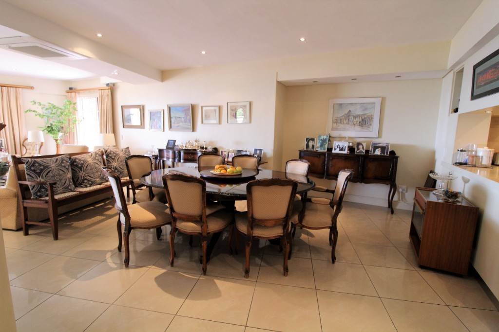 Sea Point property for sale. Ref No: 13477176. Picture no 6