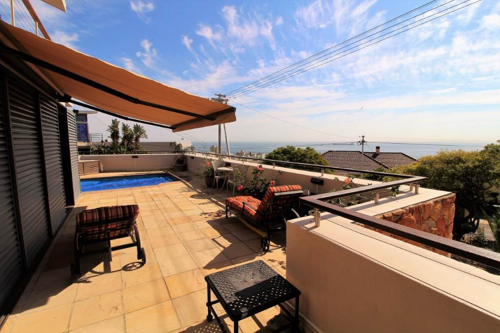Sea Point property for sale. Ref No: 13477176. Picture no 4