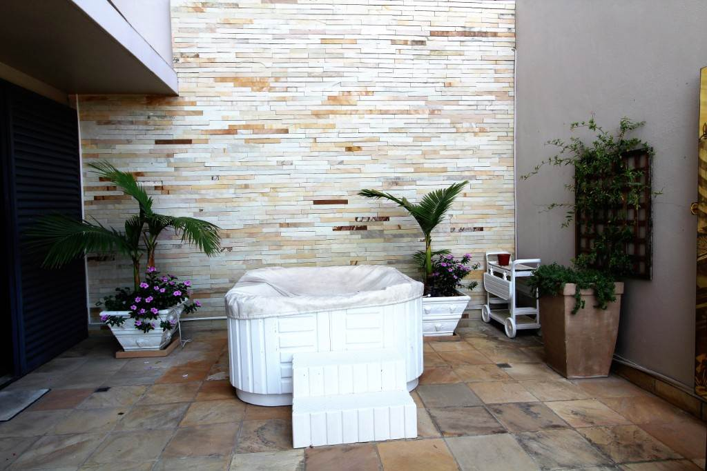 Sea Point property for sale. Ref No: 13477176. Picture no 11