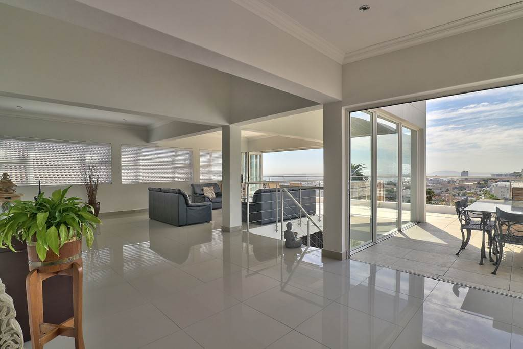 Fresnaye property for sale. Ref No: 13477967. Picture no 8