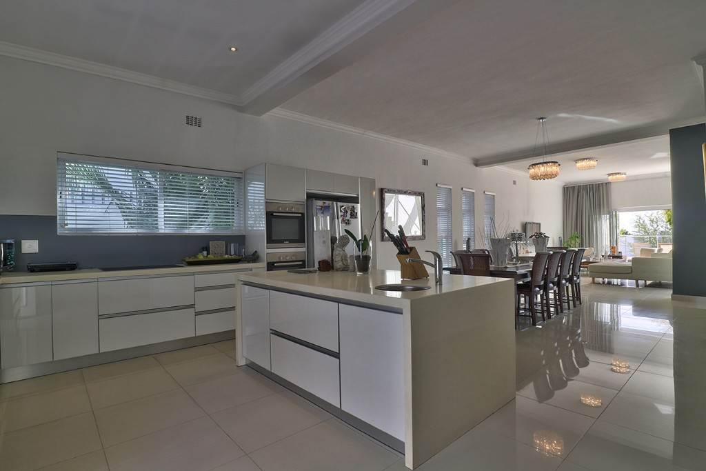 Fresnaye property for sale. Ref No: 13477967. Picture no 20