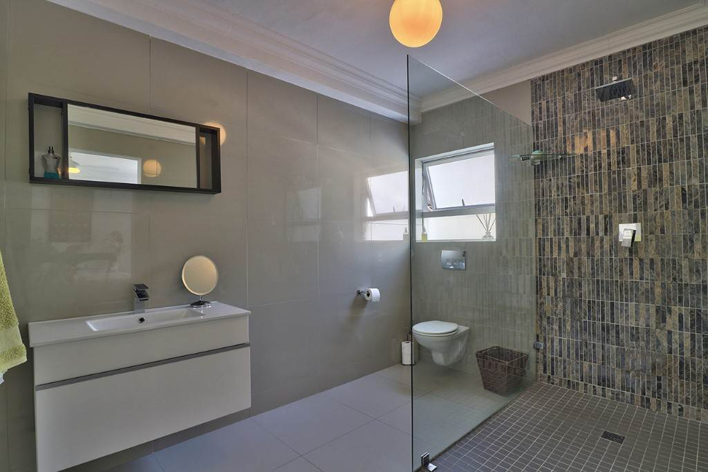 Fresnaye property for sale. Ref No: 13477967. Picture no 28