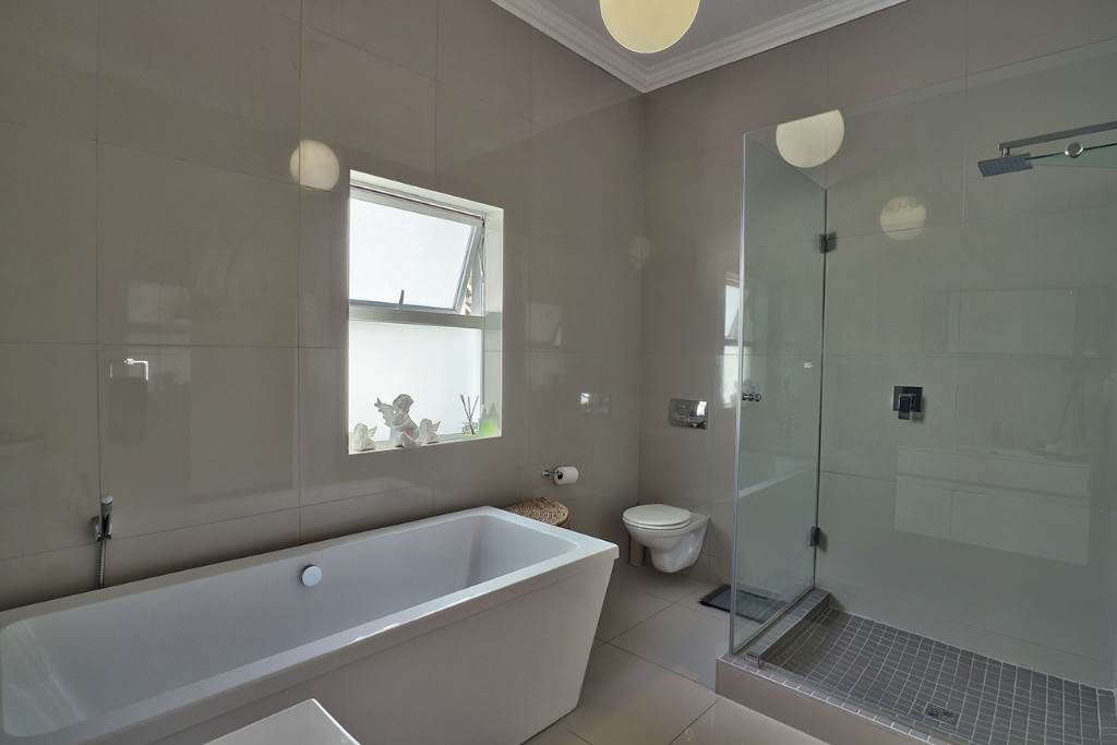 Fresnaye property for sale. Ref No: 13477967. Picture no 27