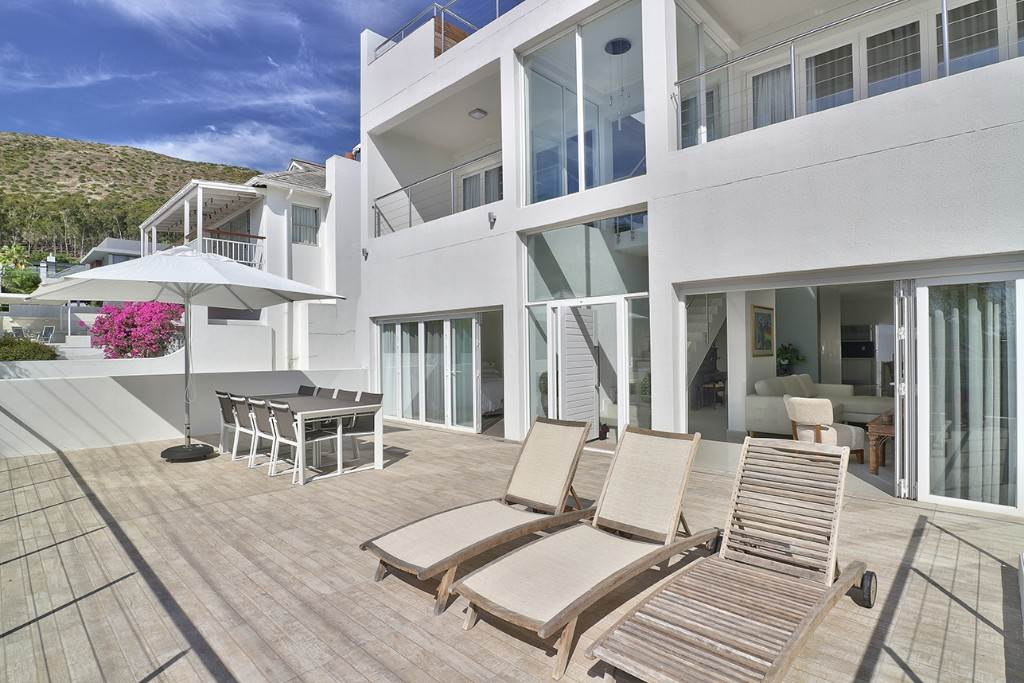 Fresnaye property for sale. Ref No: 13477967. Picture no 10