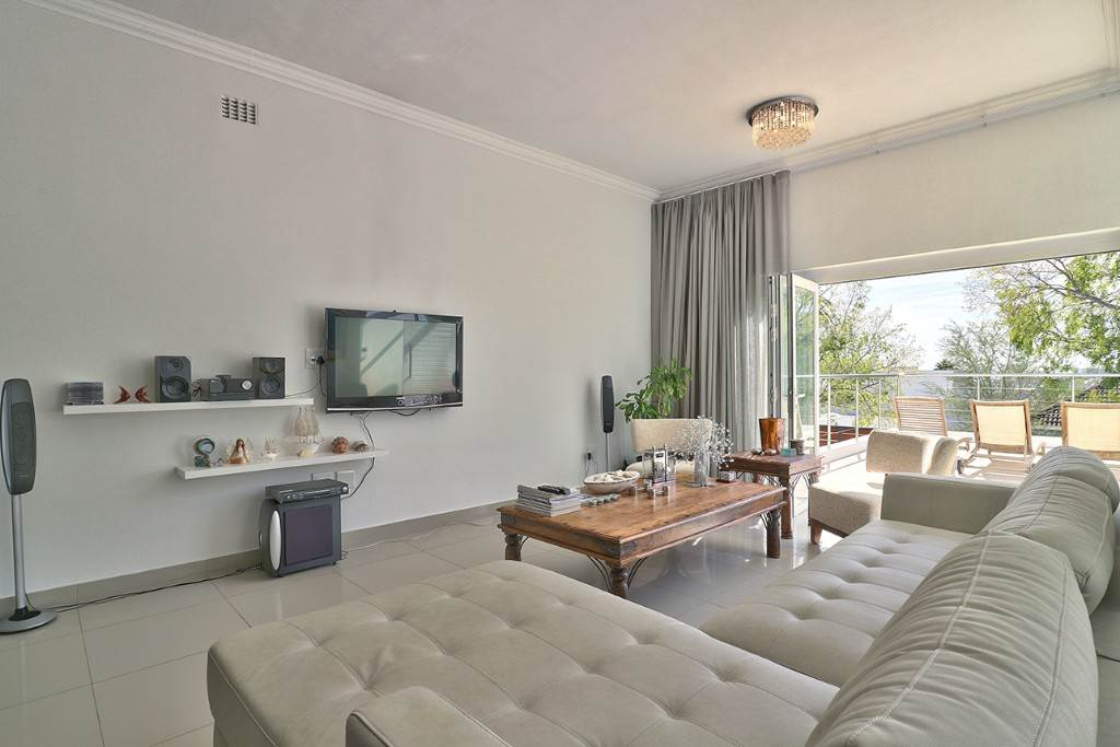Fresnaye property for sale. Ref No: 13477967. Picture no 15