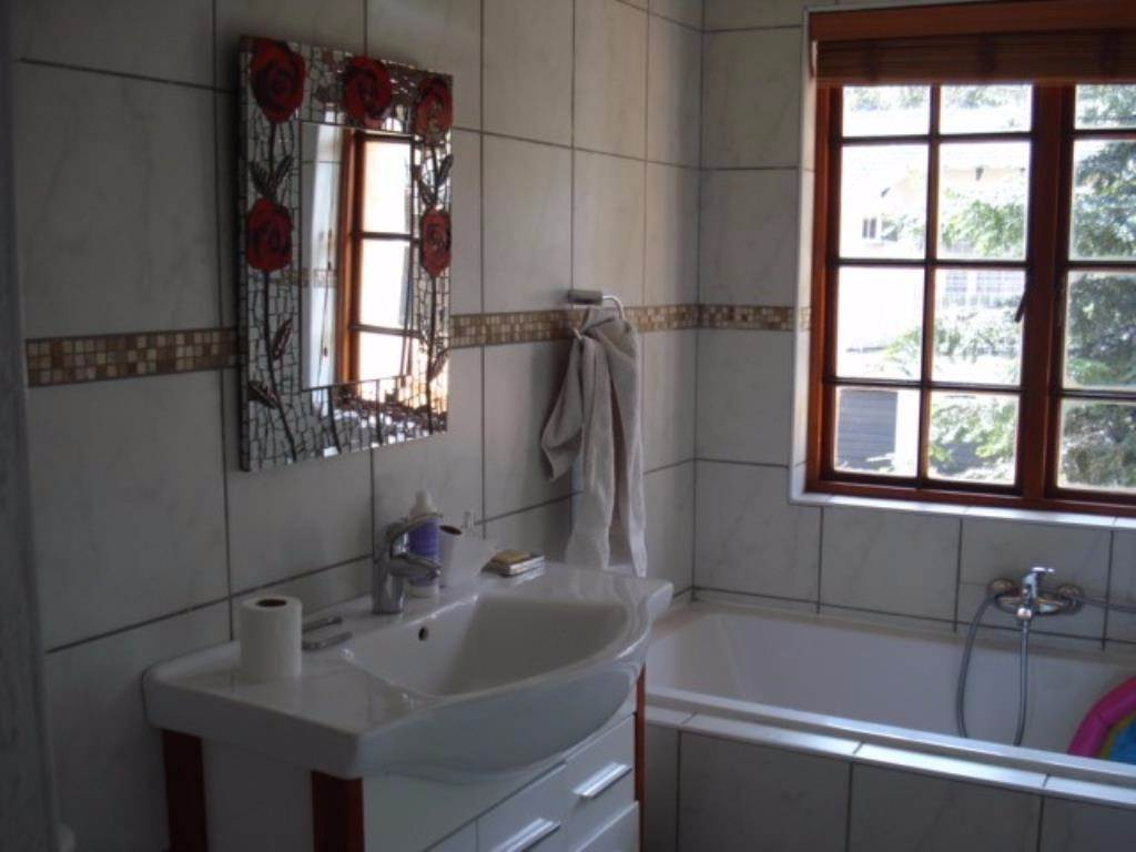 Waterkloof Ridge Ext 2 property for sale. Ref No: 13534319. Picture no 3