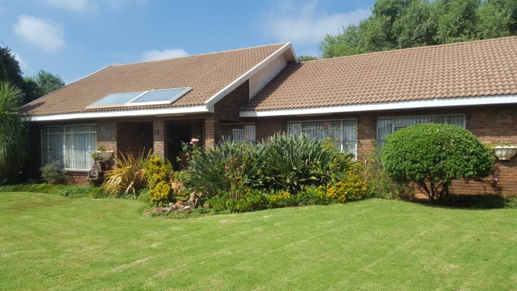 4 BedroomHouse For Sale In Eloff