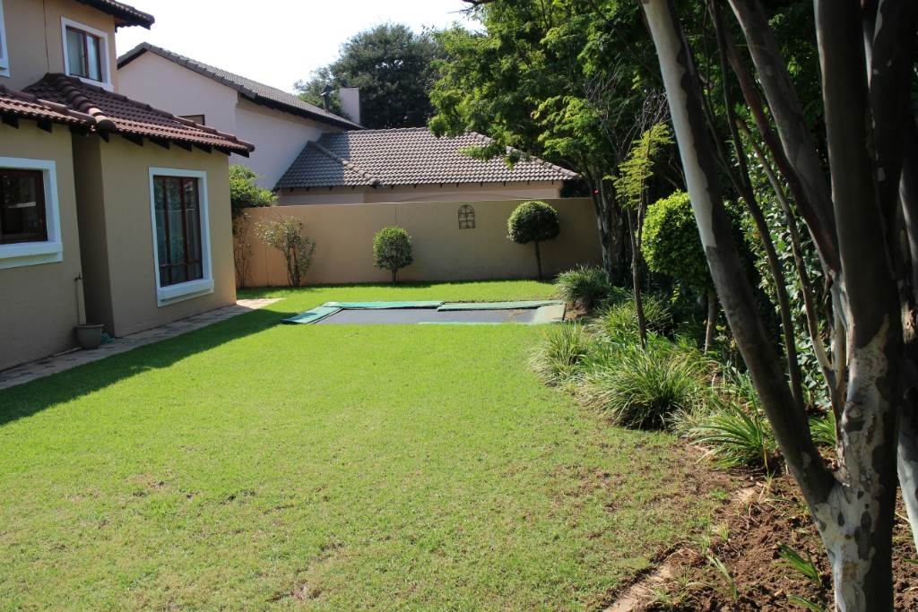 Willow Acres Estate property for sale. Ref No: 13534207. Picture no 29