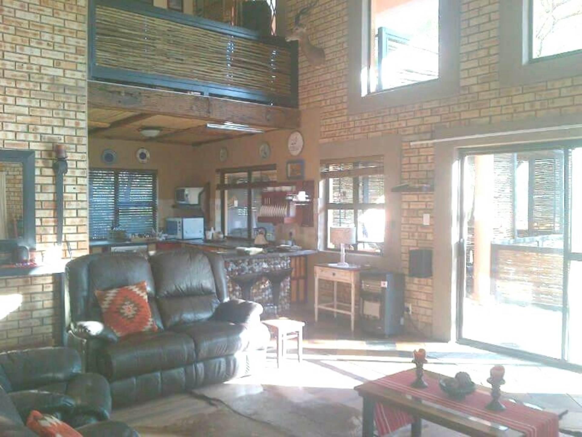 3 BedroomHouse For Sale In Leeupoort