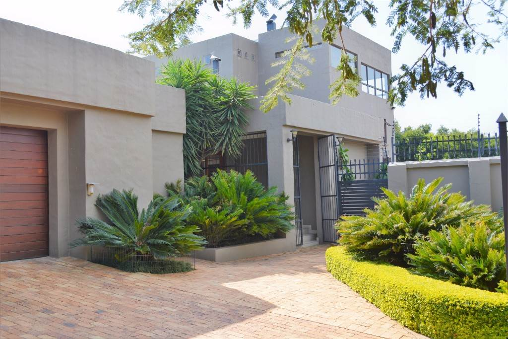 Property and Houses for sale in Constantia Park, House, 7 Bedrooms - ZAR 5,285,000