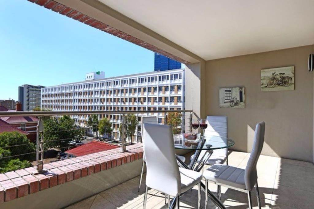 De Waterkant to rent property. Ref No: 13480808. Picture no 1