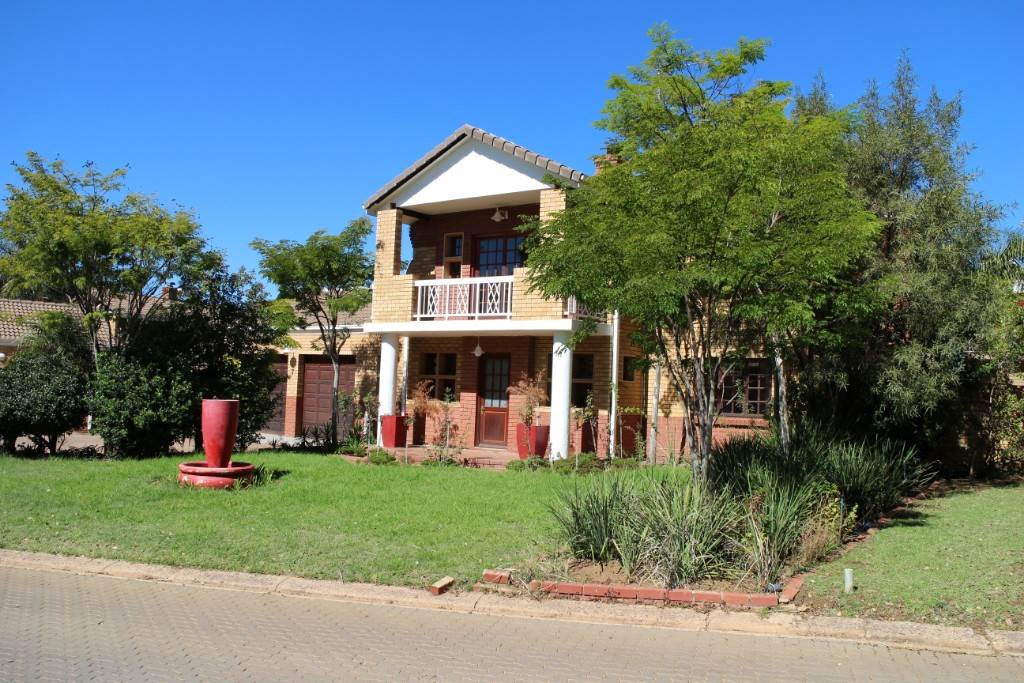 Silver Lakes Golf Estate for sale property. Ref No: 13534623. Picture no 1