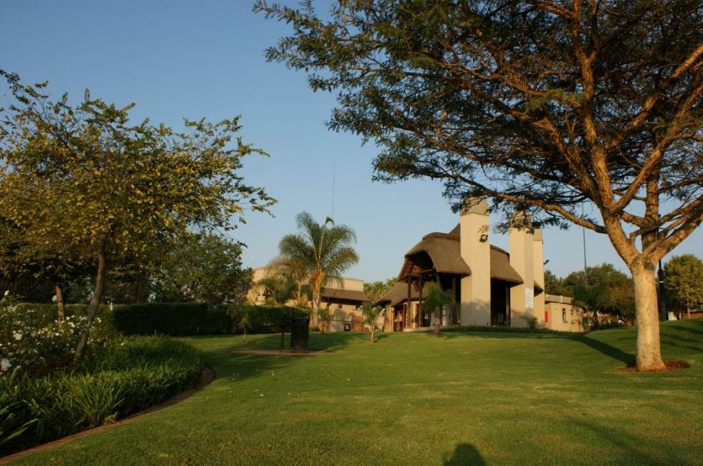 Mooikloof Ridge property for sale. Ref No: 13534735. Picture no 23