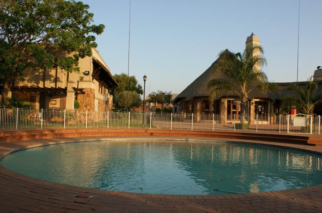 Mooikloof Ridge property for sale. Ref No: 13534735. Picture no 24