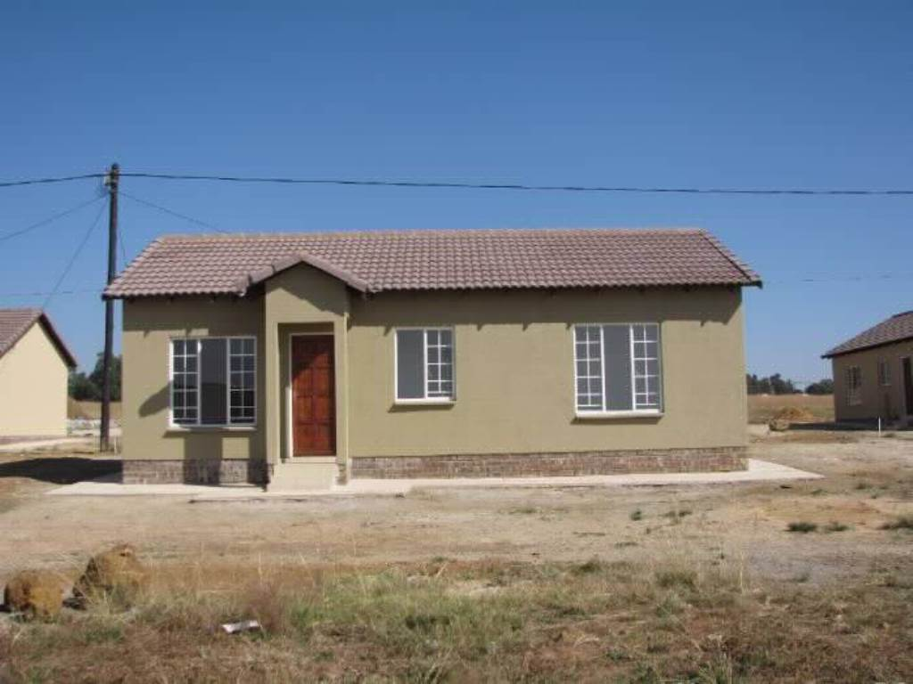 3 BedroomHouse For Sale In Hlalamnandi