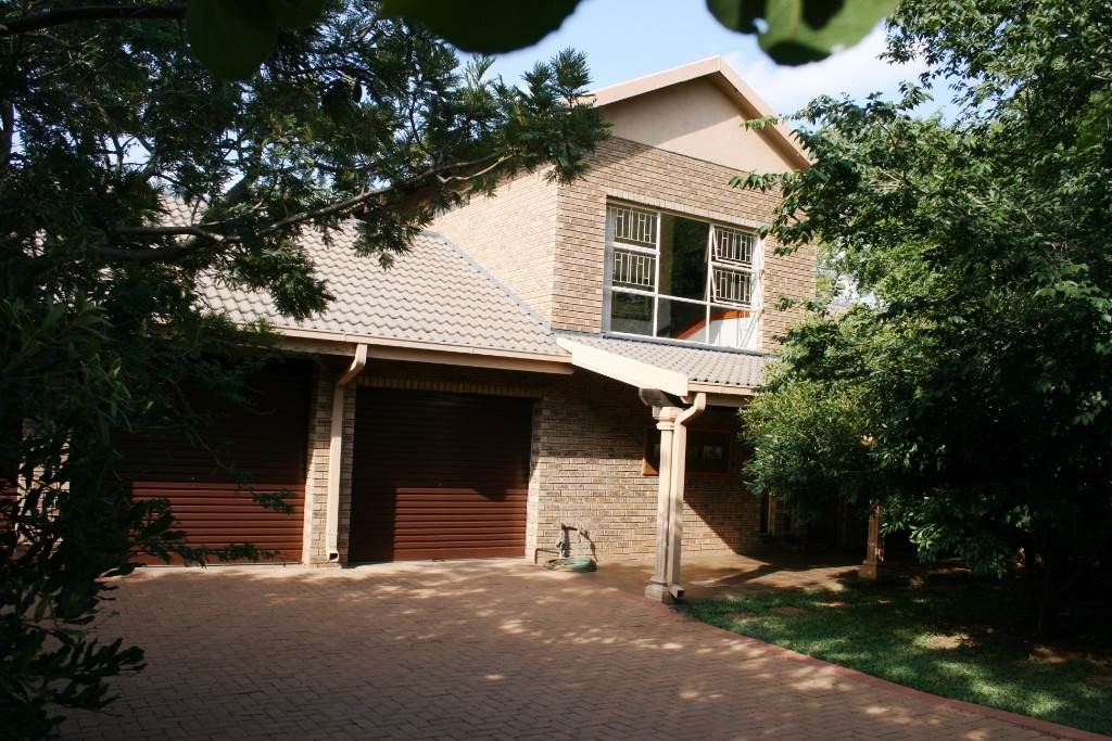 3 BedroomHouse For Sale In Kampersrus