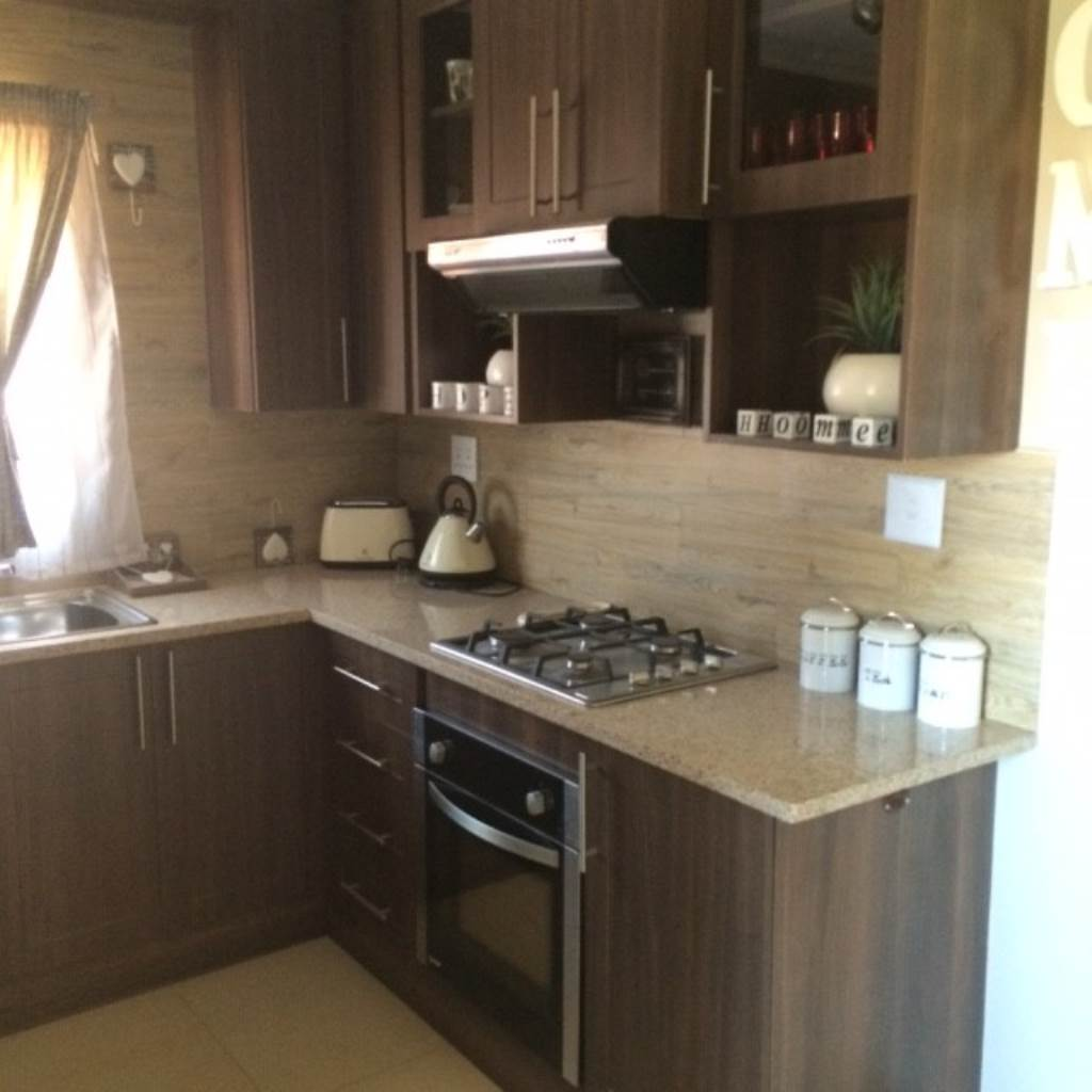 Property and Houses for sale in Andeon, Townhouse, 2 Bedrooms - ZAR 560,000