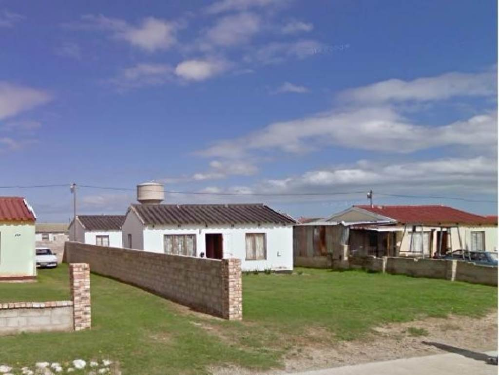 2 BedroomHouse For Sale In Despatch