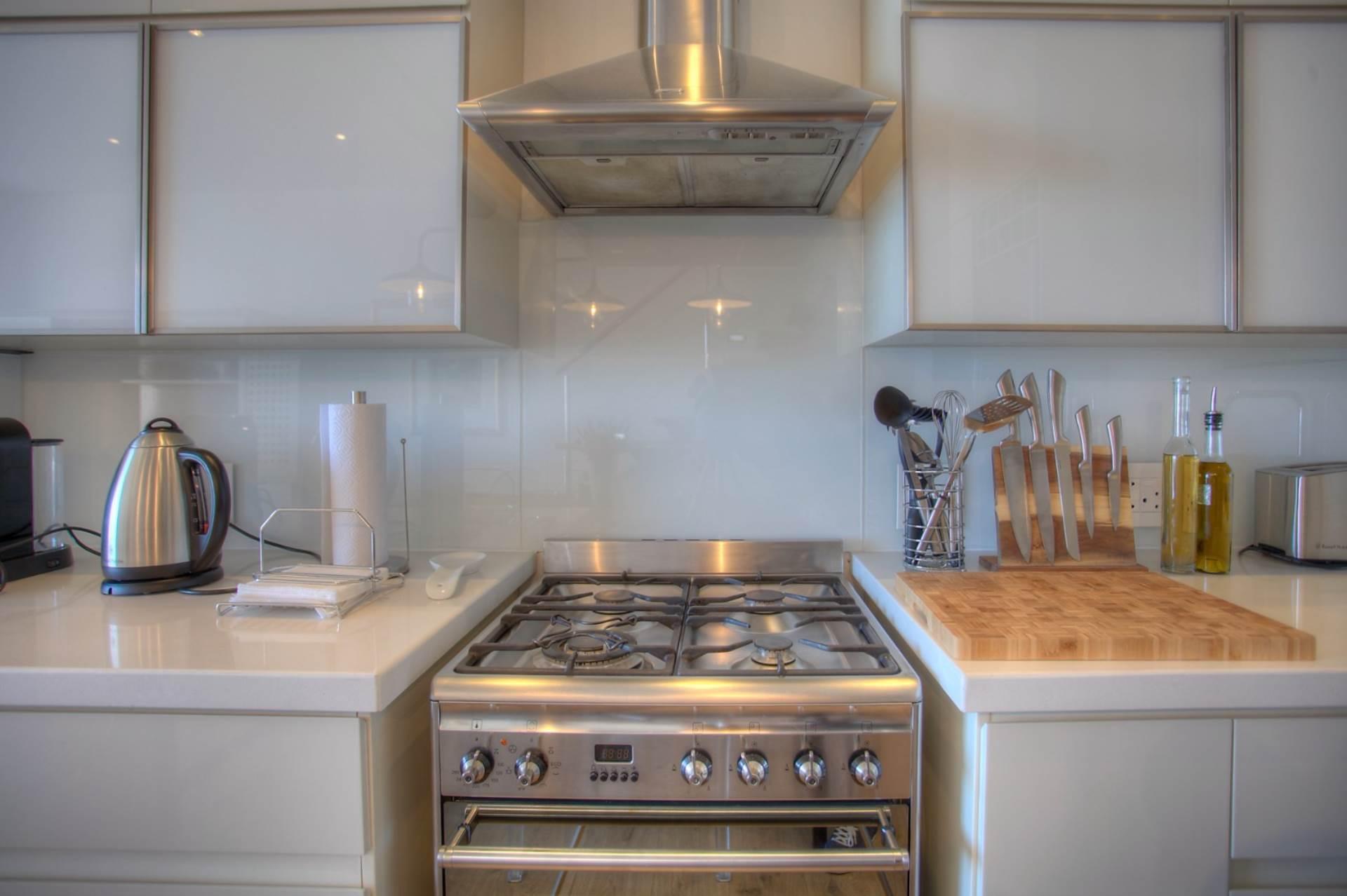 De Waterkant property for sale. Ref No: 13533994. Picture no 34