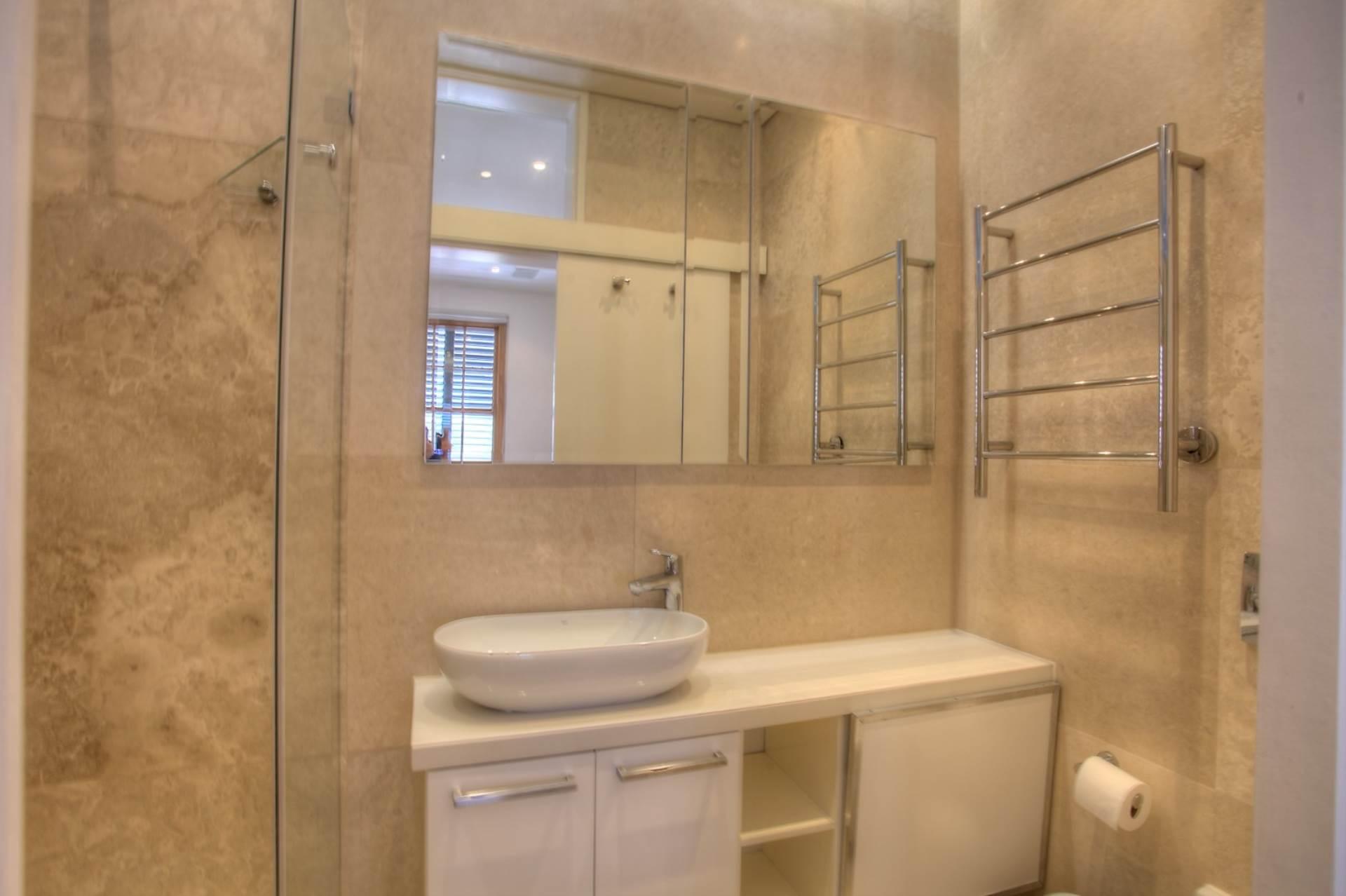 De Waterkant property for sale. Ref No: 13533994. Picture no 25