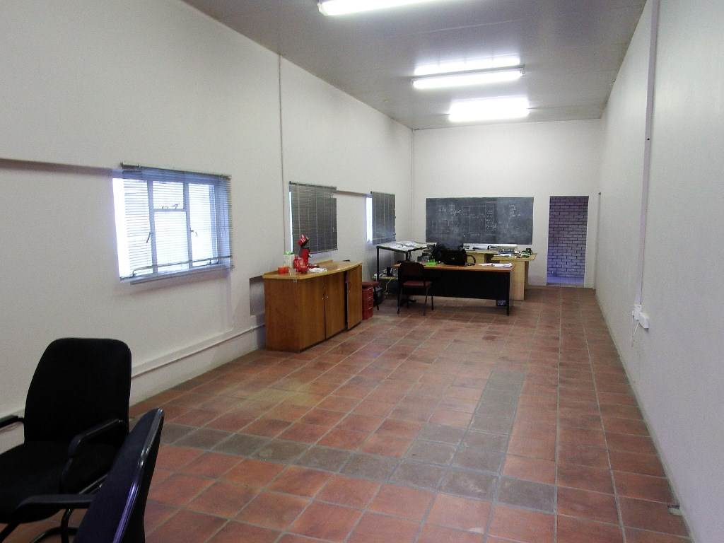 Piketberg property for sale. Ref No: 13489088. Picture no 16