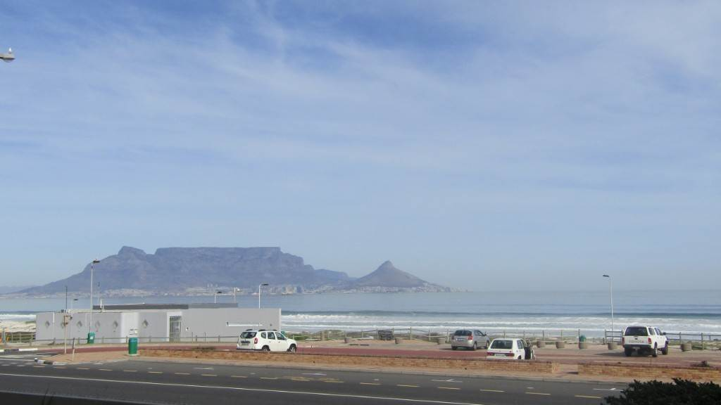 2 BedroomApartment To Rent In Bloubergstrand