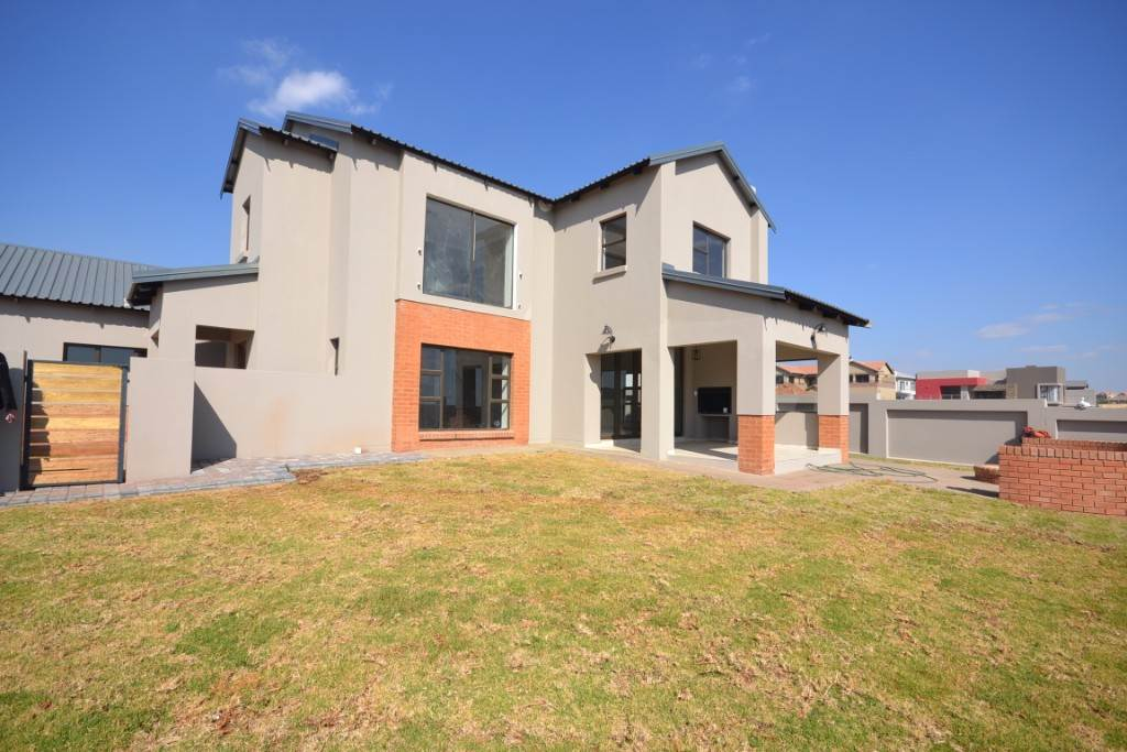 Pretoria, Olympus Property  | Houses For Sale Olympus, OLYMPUS, House 4 bedrooms property for sale Price:3,350,000