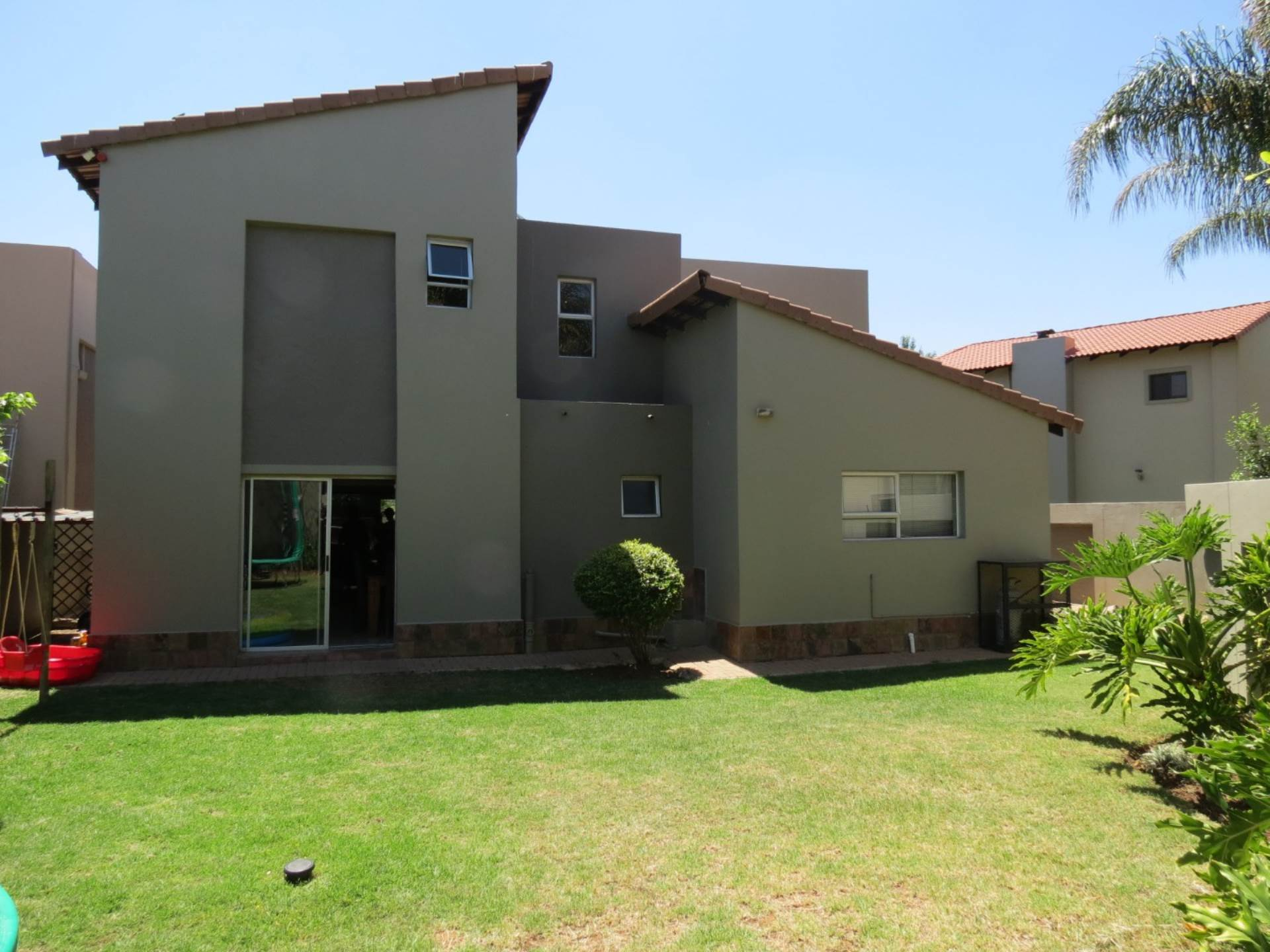 Six Fountains Residential Estate property for sale. Ref No: 13534211. Picture no 34