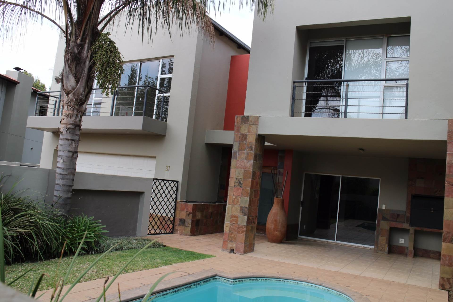 Six Fountains Residential Estate property for sale. Ref No: 13534211. Picture no 1