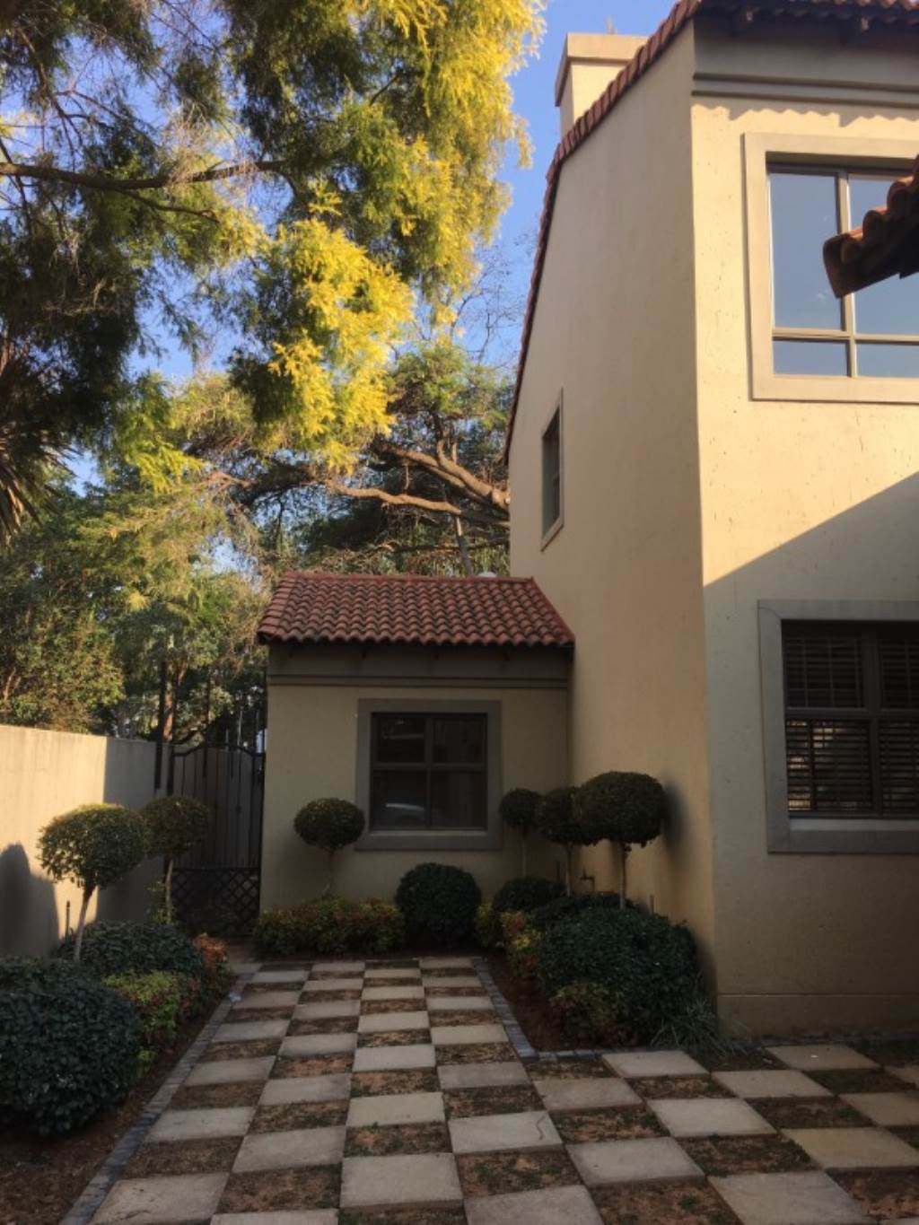 Waterkloof property to rent. Ref No: 13534688. Picture no 4