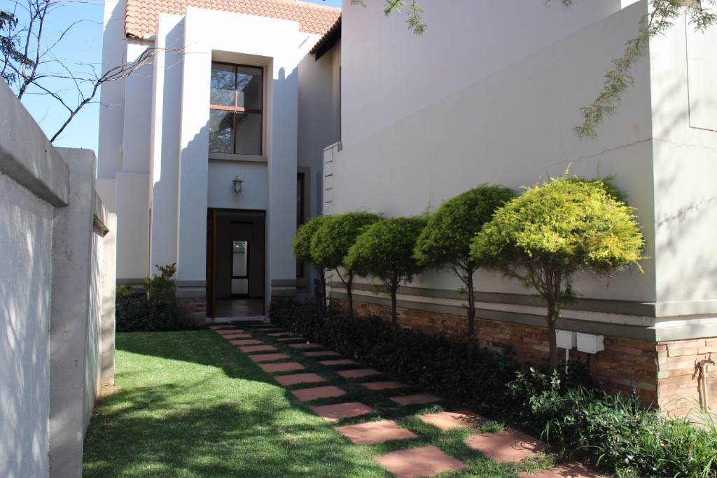 Pretoria, Silver Stream Property  | Houses For Sale Silver Stream, SILVER STREAM, House 3 bedrooms property for sale Price:2,850,000