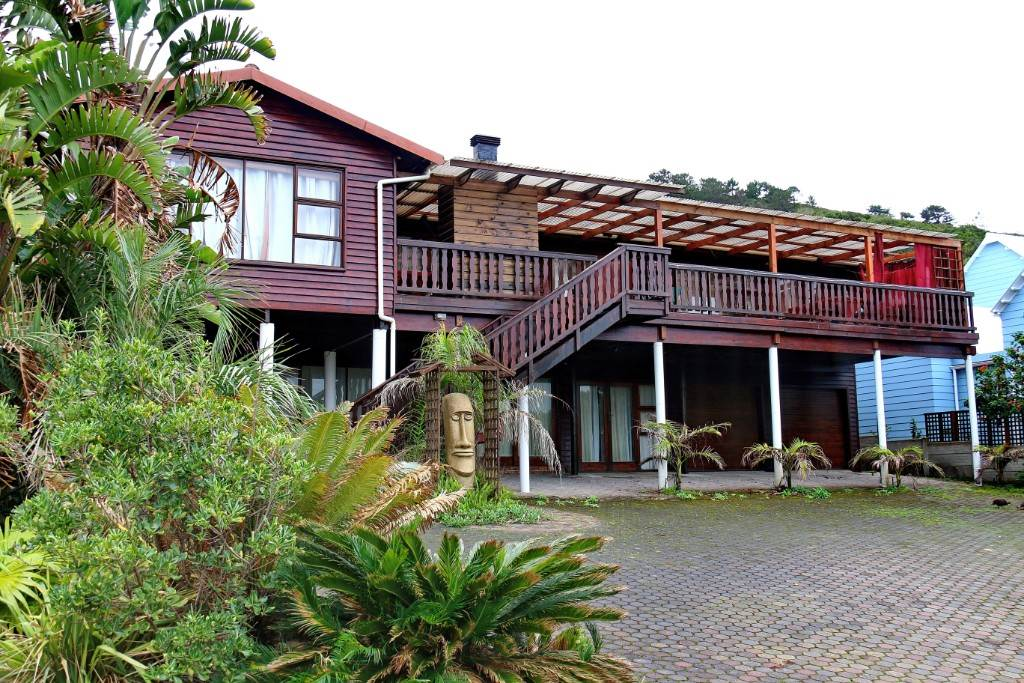 6 BedroomHouse For Sale In Glentana