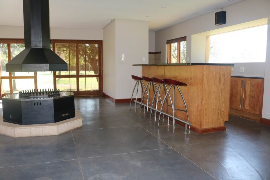 Mooikloof Equestrian Estate property for sale. Ref No: 13534666. Picture no 6