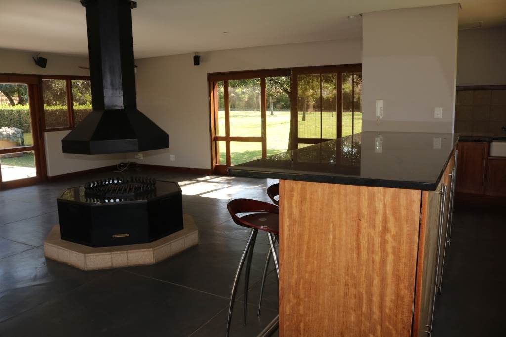 Mooikloof Equestrian Estate property for sale. Ref No: 13534666. Picture no 7