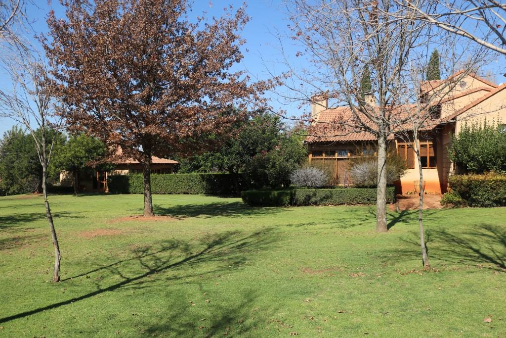 Mooikloof Equestrian Estate property for sale. Ref No: 13534666. Picture no 4