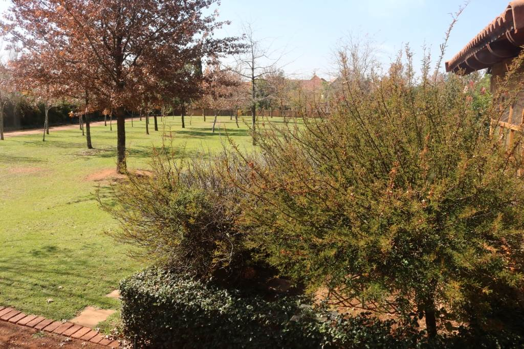 Mooikloof Equestrian Estate property for sale. Ref No: 13534666. Picture no 21