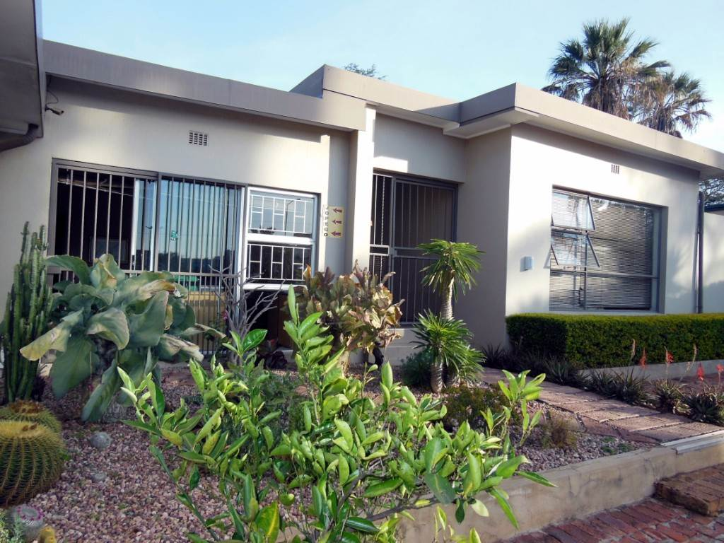 Property and Houses for sale in Die Wilgers, House, 3 Bedrooms - ZAR 2,630,000