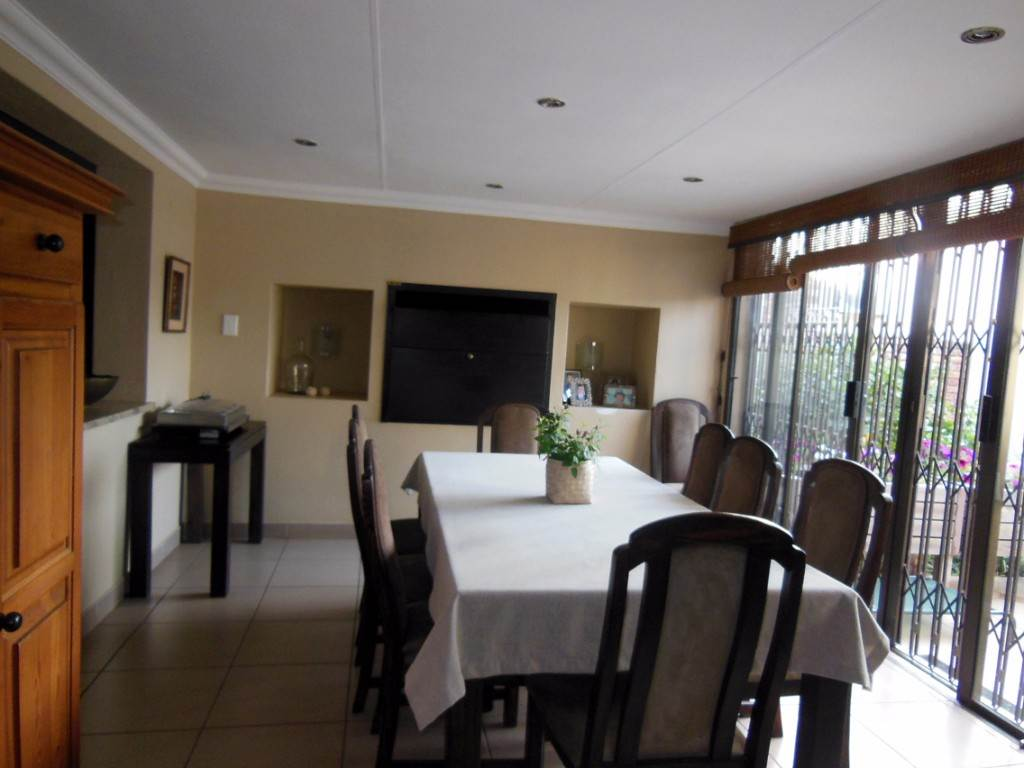 Die Wilgers property for sale. Ref No: 13534217. Picture no 11