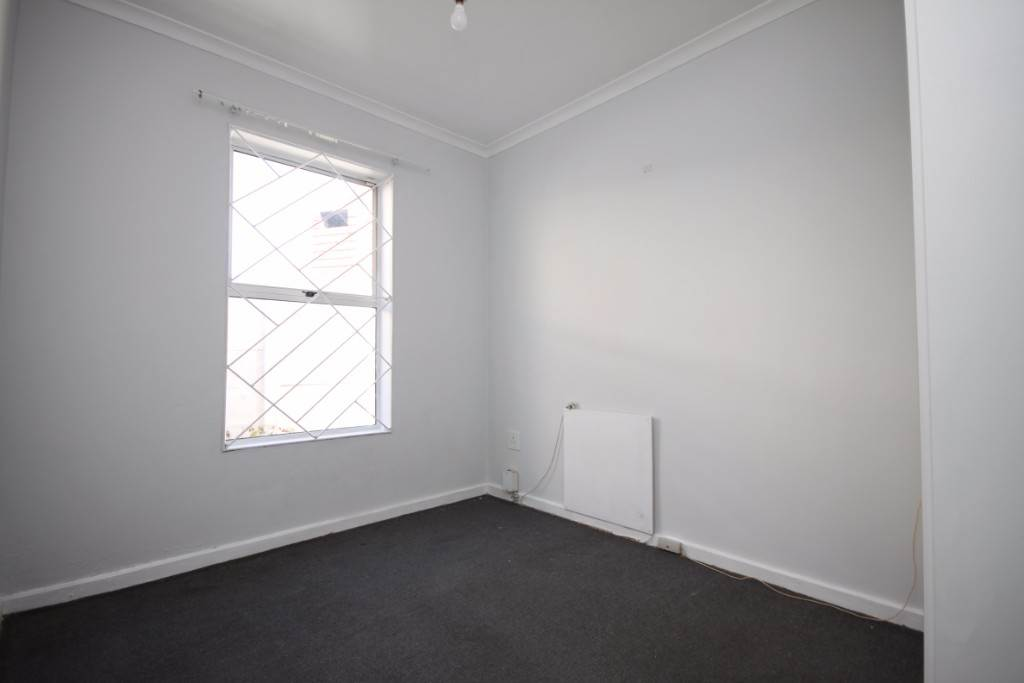 Kenilworth property for sale. Ref No: 13506936. Picture no 9