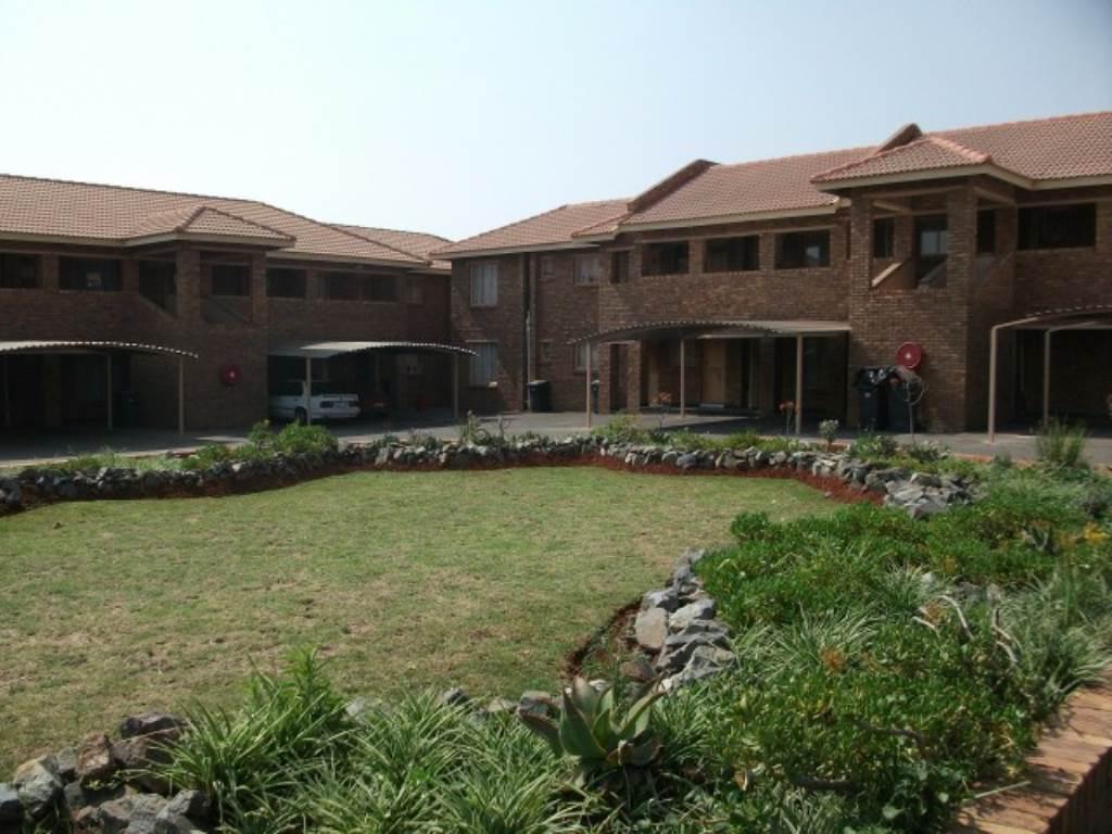 2 BedroomApartment To Rent In Krugersrus & Ext